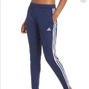 Girls Adidas training pants. Navy w/stripe. Size M